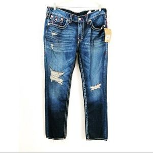 True Religion Slim Flap Natural Big T Red Size 38